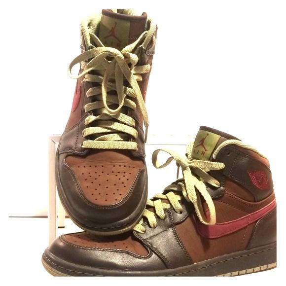 Air Jordan 1 Chocolate Velvet Brown Sage Garnet